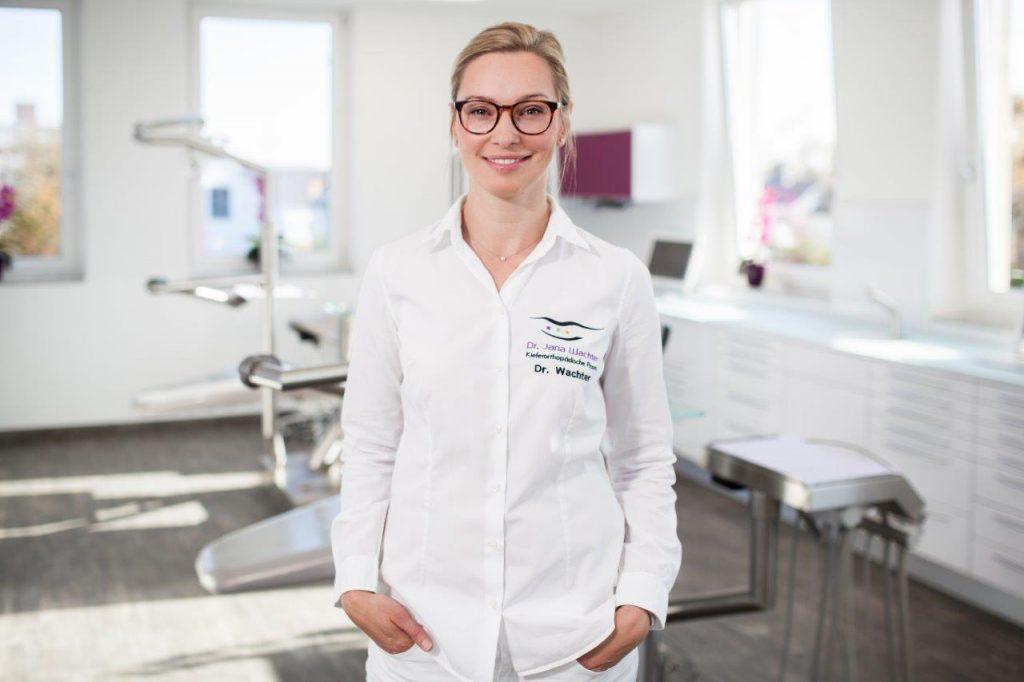 Dr.-Jana-Wachter_Kieferorthopaedie-0341-hires